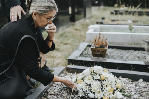 older woman grieving the wrongful death of a loved one in Baton Rouge, LA