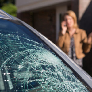woman calling an attorney after a car accident in Baton Rouge